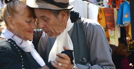 older Latino couple dancing the tango