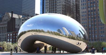 Chicago bean art in daylight hours