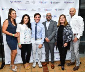 Aranda in group photo with El Cuidador